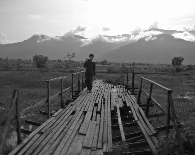 Laos farmer (b&w)