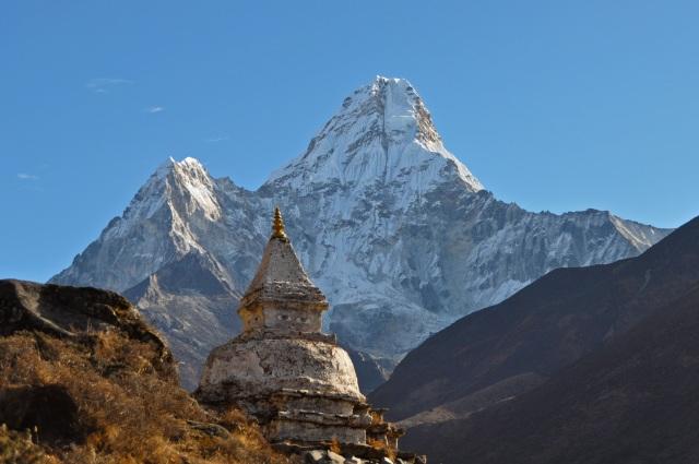 Amadablam & Stupa